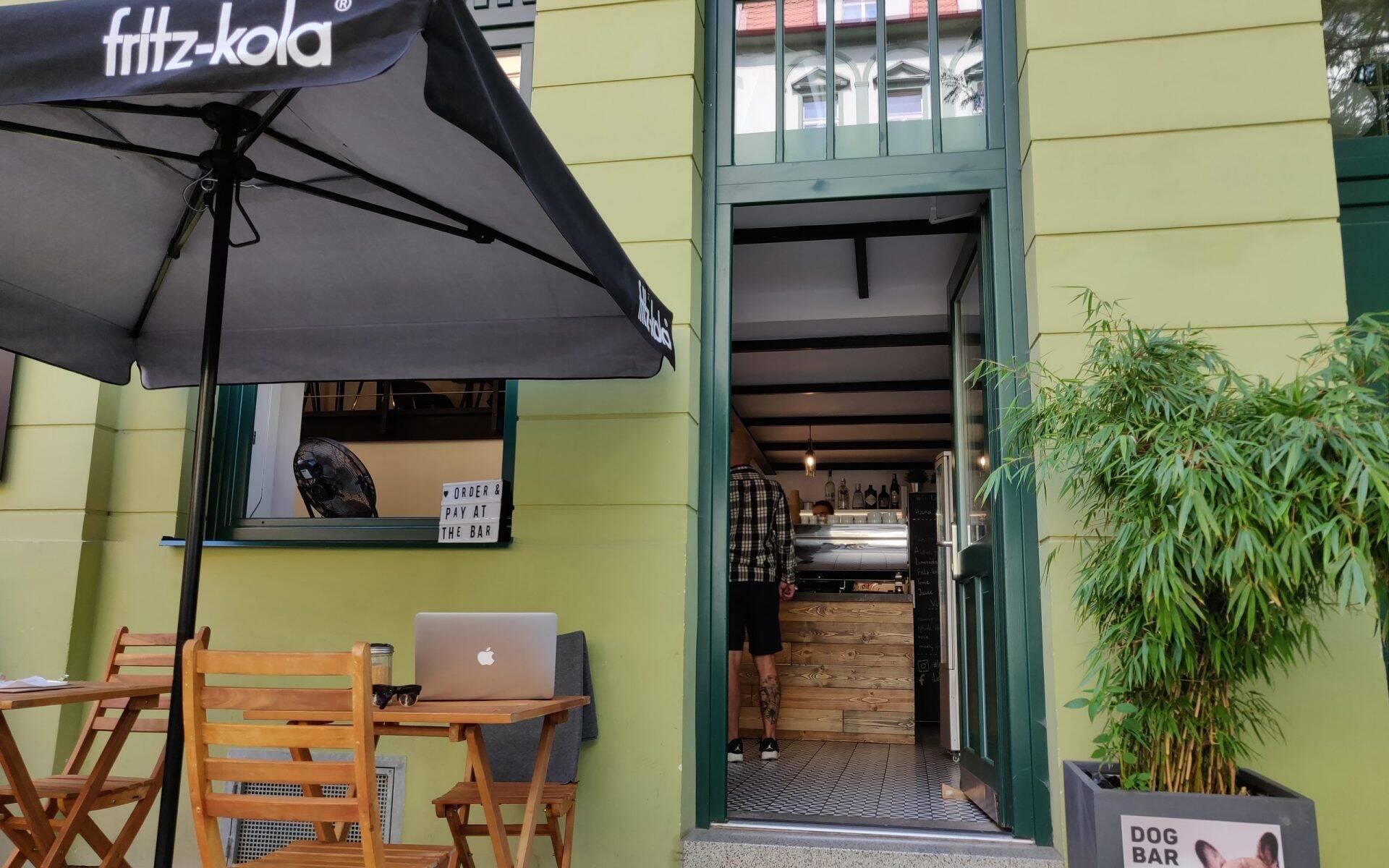 Loft Cafe Karlín Praag