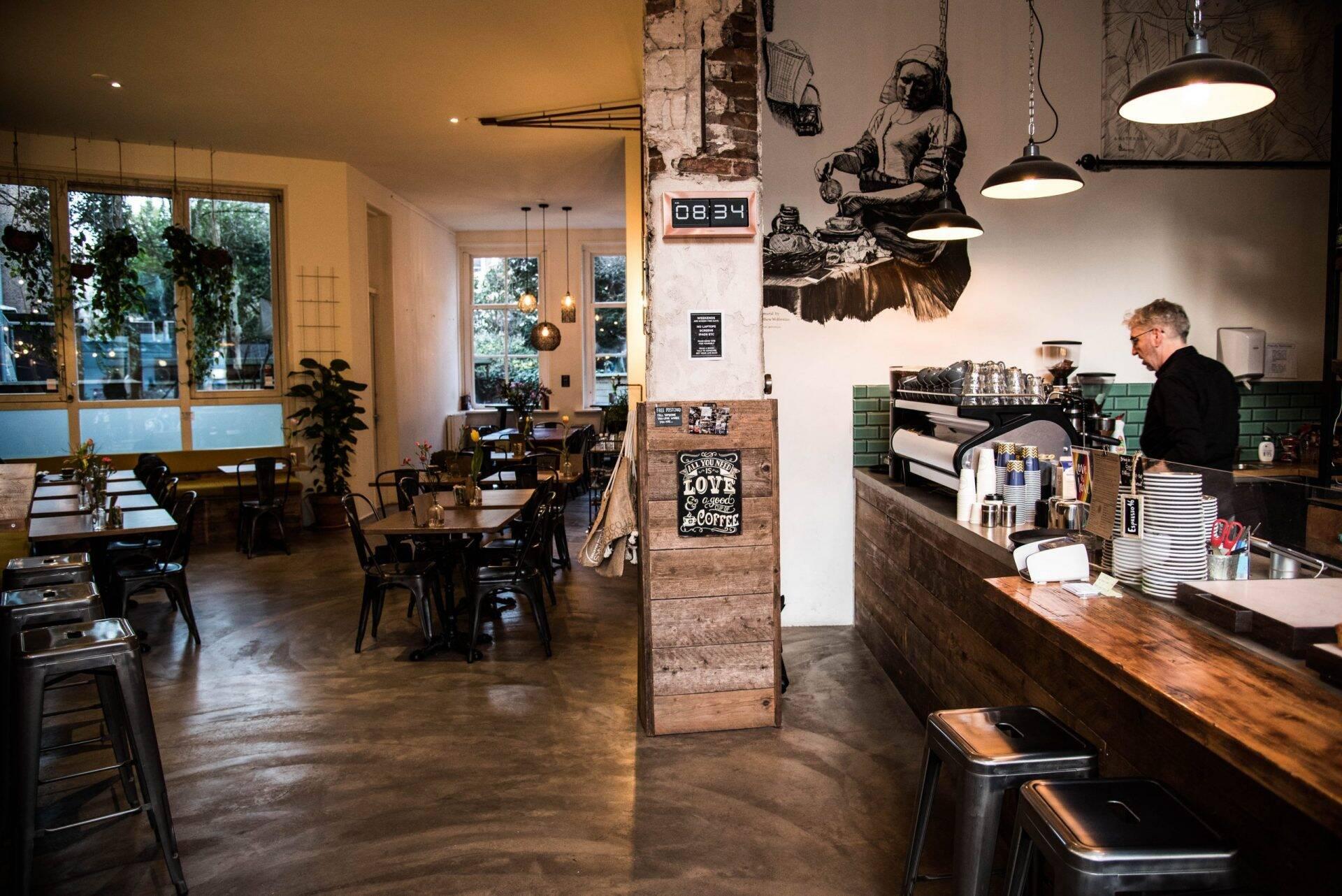 Monks Coffee Roasters in Amsterdam