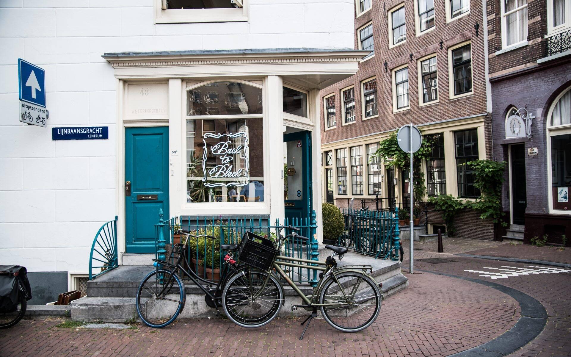 Back to Black Weteringstraat Amsterdam