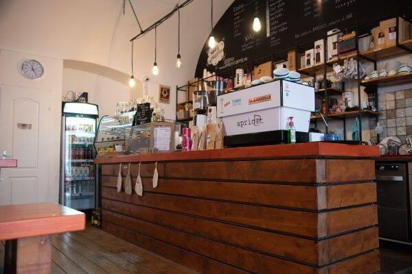 Apricot Coffee Boedapest